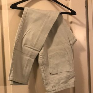 H&M mint green ankle jean - size 12